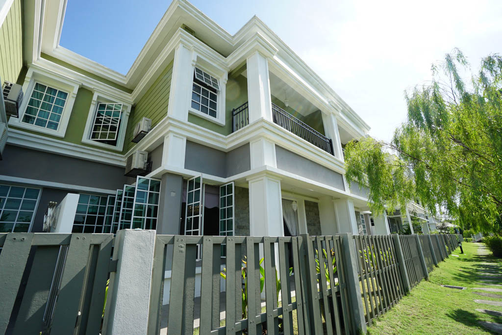 Double Storey House At Setia Eco Glades Cyberjaya For