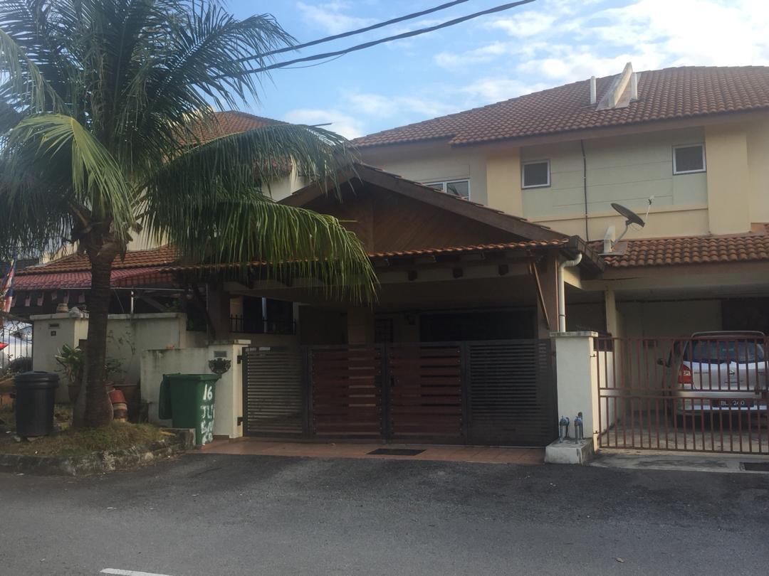 Rumah Teres 2 Tingkat Bandar Bukit Mahkota, Bangi Untuk Dijual