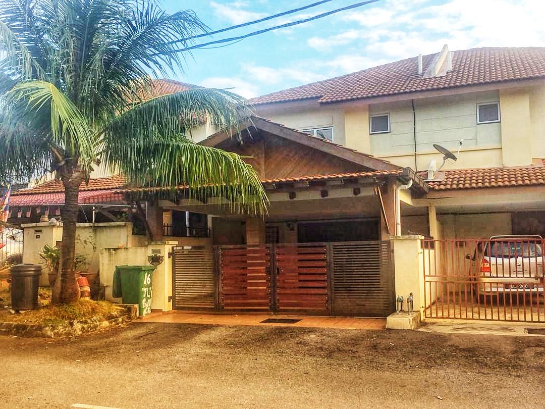 Double Storey Terrace Seksyen 6 Bandar Bukit Mahkota Bangi