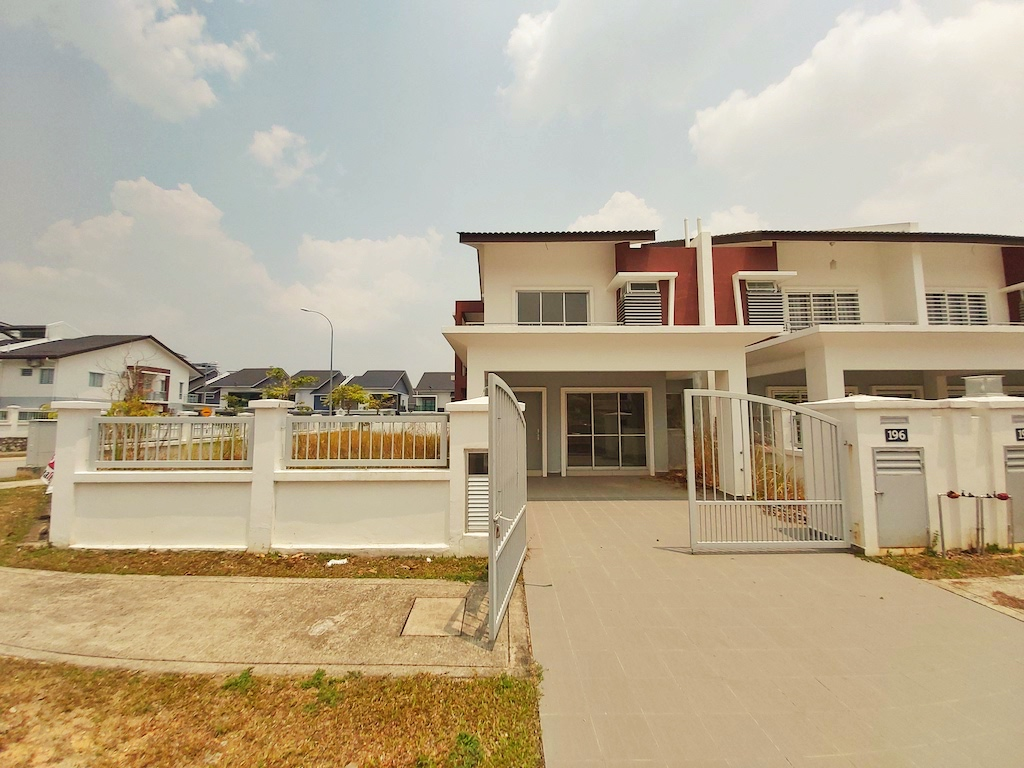 Corner Lot Double Storey Saujana Tropika S2 Height Seremban 2