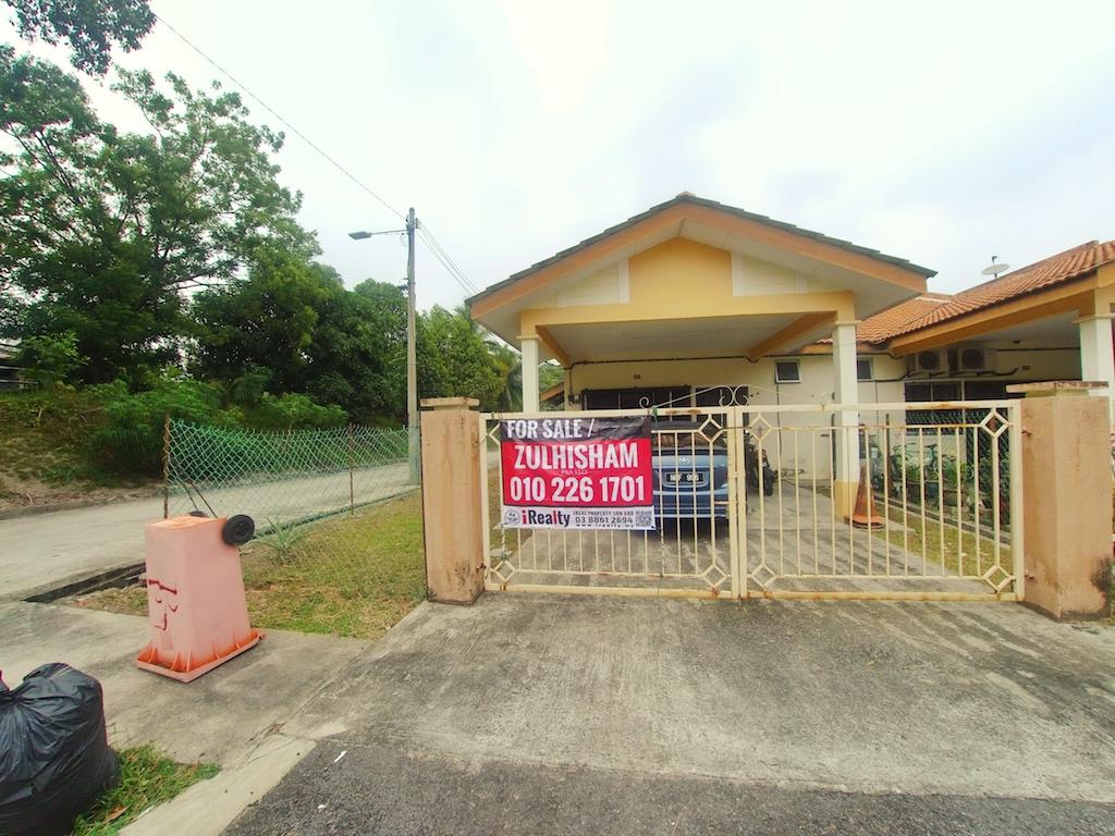 Corner Lot Teres Setingkat Taman Matahari Indah, Senawang