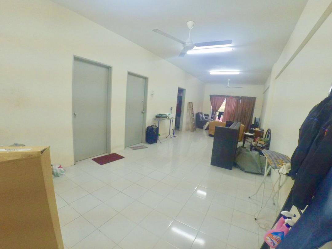 Low Level Condominium Pelangi Sg Merab Kajang
