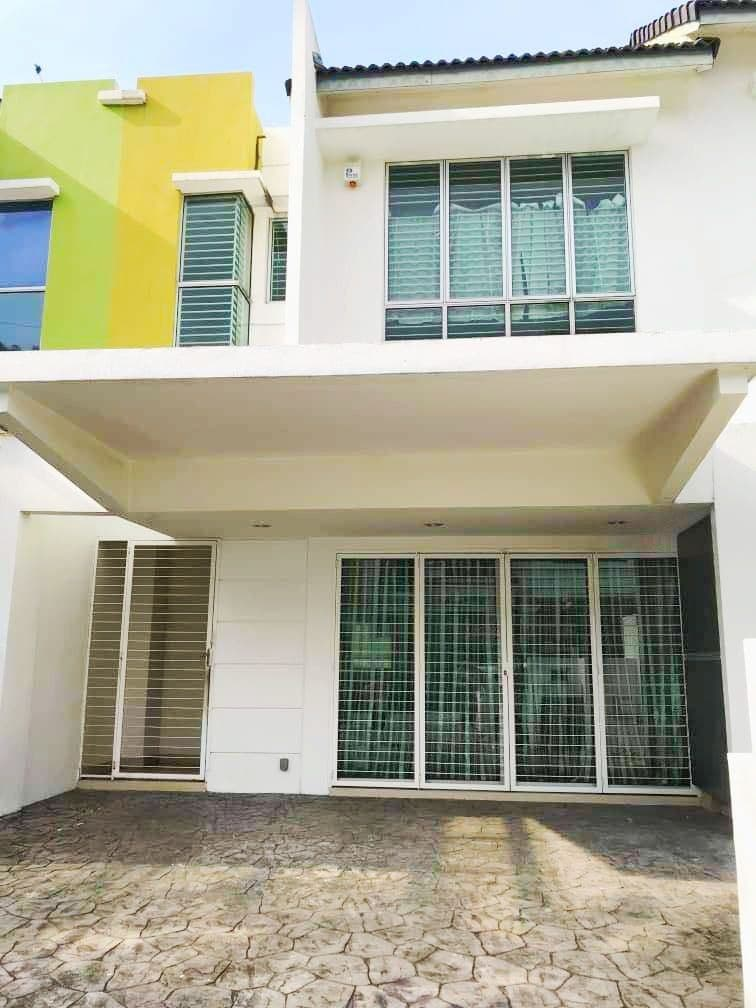 [PARTIALLY FURNISHED] 2.5 STOREY LINK HOUSE OASIS CHERAS
